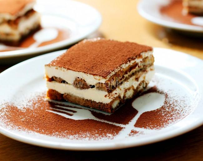cach-lam-banh-tiramisu0 cách làm bánh tiramisu Cách làm bánh Tiramisu cho Valentine trắng cach lam banh tiramisu0