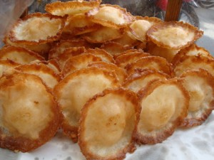 3-loai-banh-dac-san-mien-tay-song-nuoc-ban-dung-bo-lo-6 bánh đặc sản miền tây 3 loại bánh đặc sản miền Tây sông nước bạn đừng bỏ lỡ 3 loai banh dac san mien tay song nuoc ban dung bo lo 6 300x225