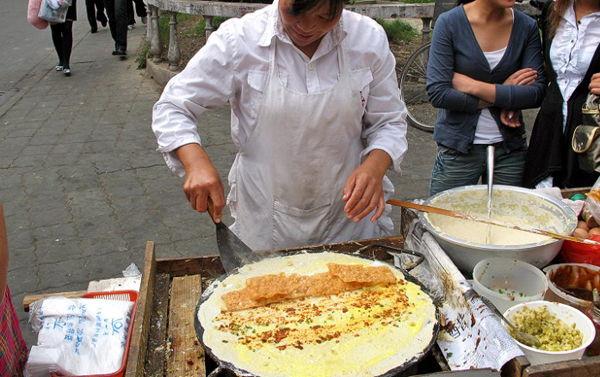 cac-loai-banh-duong-pho-thuong-hai-ban-nen-thuong-thuc-1 các loại bánh Các loại bánh đường phố Thượng Hải bạn nên thưởng thức cac loai banh duong pho thuong hai ban nen thuong thuc 1
