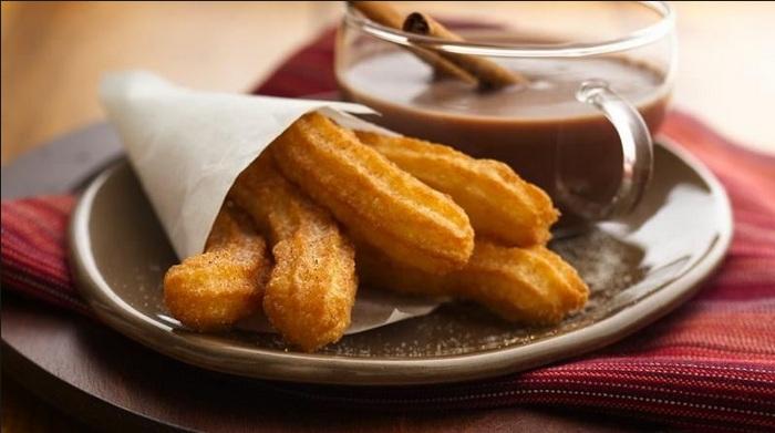 cách lam bánh quẩy ngon 1 bánh quẩy Bánh quẩy của Tây Ban Nha – Churros cach lam churros 1