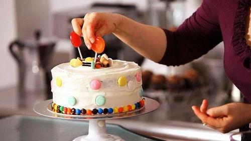dung-cu-trang-tri-banh-kem-ma-cac-chi-em-can-phai-co-0 dụng cụ trang trí bánh kem Dụng cụ trang trí bánh kem mà các chị em cần phải có dung cu trang tri banh kem ma cac chi em can phai co 0