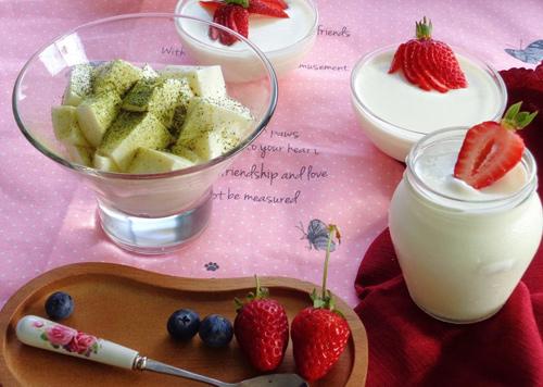 Sữa chua dẻo kiểu Hy Lạp giải nhiệt mùa hè