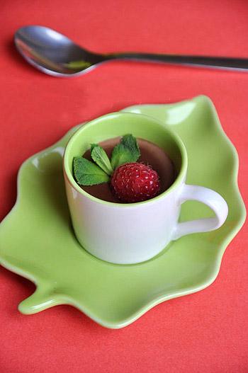Cách làm pudding socola 1 pudding socola Cách làm pudding socola tráng miệng ngon tuyệt cach lam pudding socola 1