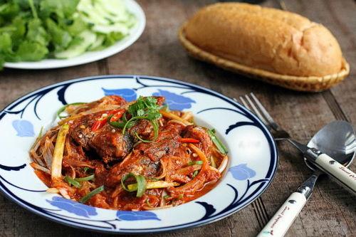 Ngon kì lạ với nhiều loại nhân của món bánh mì Việt Nam