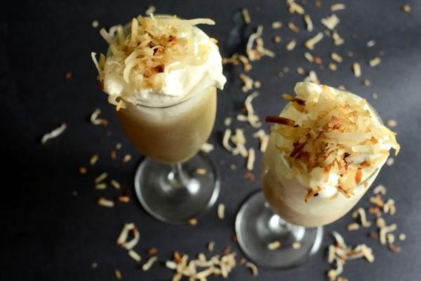 smoothie kem dừa kiểu thái 9 smoothie kem dừa Smoothie kem dừa kiểu thái béo ngậy smoothie kem dua kieu thai 9