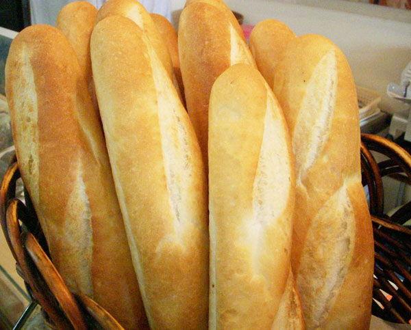 tan-dung-banh-mi-cu-lam-6-mon-ngon-tuyet-ai-cung-thich-1 tận dụng bánh mì cũ Tận dụng bánh mì cũ làm 6 món ngon tuyệt ai cũng thích tan dung banh mi cu lam 6 mon ngon tuyet ai cung thich 1