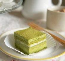 Cách làm bánh kem trà xanh 7 bánh kem trà xanh Cách làm bánh kem trà xanh cho mùa hè tươi mát cach lam banh kem tra xanh 9