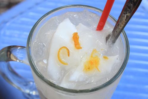 da-khat-ngay-he-voi-4-mon-do-uong-sai-gon-sieu-hap-dan-2 đồ uống Đã khát ngày hè với 4 món đồ uống Sài Gòn siêu hấp dẫn da khat ngay he voi 4 mon do uong sai gon sieu hap dan 2