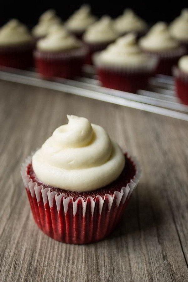 Tìm hiểu chiếc bánh red velvet ngọt ngào mà sang chảnh