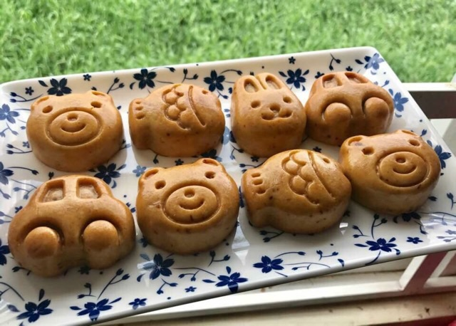 bánh trung thu hình thú bánh trung thu hình thú Bánh Trung thu hình thú cực dễ cho bé yêu banh trung thu hinh thu cuc de cho be yeu