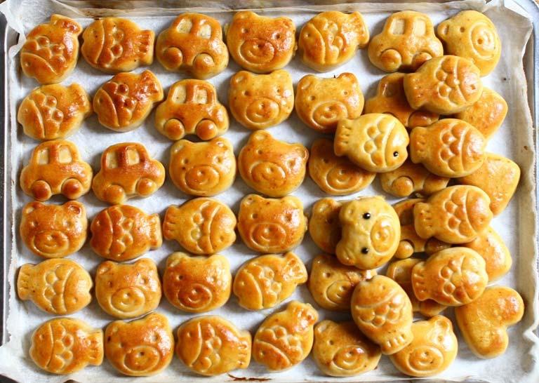 hoàn thành bánh trung thu bánh trung thu hình thú Bánh Trung thu hình thú cực dễ cho bé yêu banh trung thu hinh thu cuc de cho be yeu12