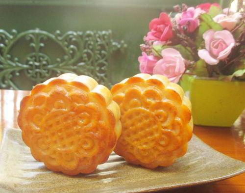 Cách làm bánh nướng nhân custard thơm ngon mê mẩn