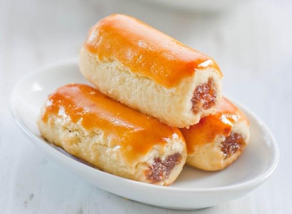 cách làm bánh cuộn Rảnh rỗi học cách làm bánh cuộn dứa ngon ứa nước miếng cach lam banh cuon dua
