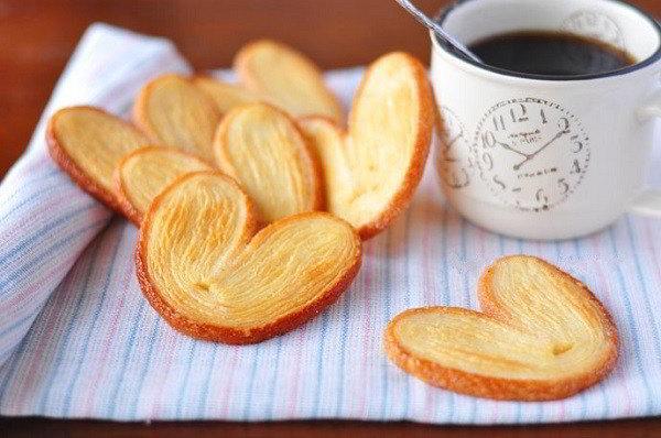 cach-lam-banh-quy-hinh-trai-tim-gion-tan-cuc-don-gian-9 cách làm bánh quy Cách làm bánh quy hình trái tim giòn tan mà đơn giản cach lam banh quy hinh trai tim gion tan cuc don gian 9