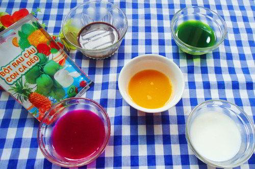 cách làm bánh trung thu rau câu Đẹp mê ly với cách làm bánh Trung thu rau câu ngũ sắc cach lam banh trung thu rau cau ngu sac 0