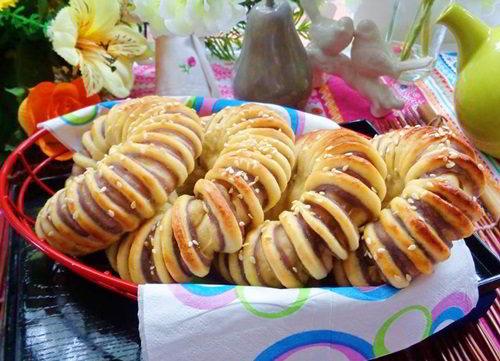 cách làm bánh mì nhân khoai lang tím 10 cách làm bánh mì Cách làm bánh mì nhân khoai lang vừa đẹp vừa ngon cach lam banh mi nhan khoai lang tim 10