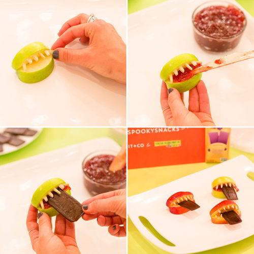 Quá đơn giản với 2 cách làm snack táo cho Halloween