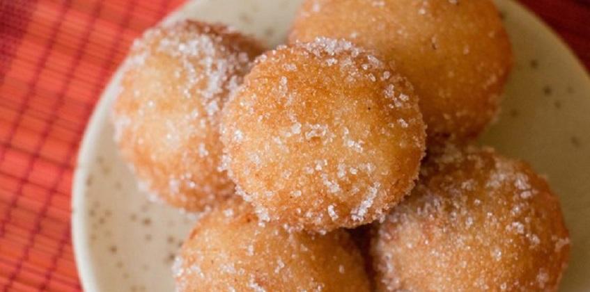 cách làm bánh rán đường 61 cách làm bánh rán đường Trở lại tuổi thơ với cách làm bánh rán đường giản dị cach lam banh ran duong 11