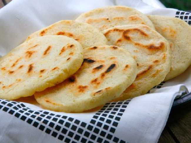 cách làm bánh bột mì giòn dai, thơm ngon ngay tại nhà 5