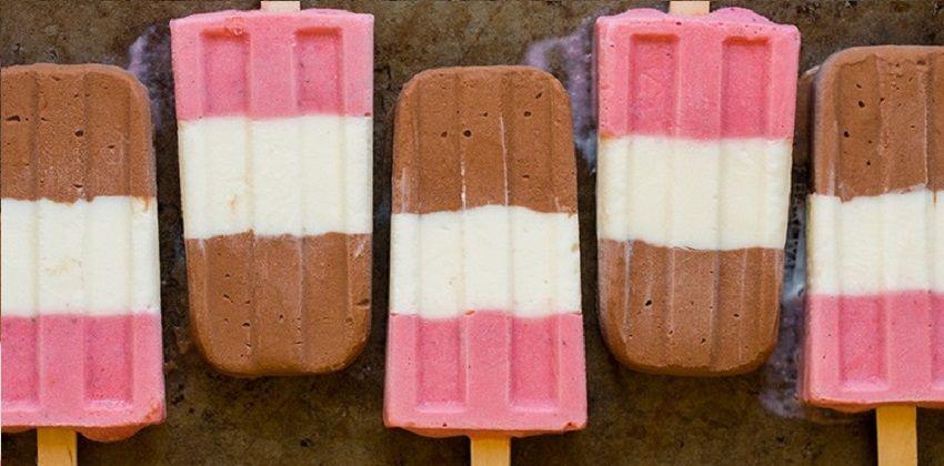 cách làm kem ba màu Lạ mắt ngon miệng với cách làm kem ba màu siêu dễ tại nhà cach lam kem ba mau la mat ngon mieng sieu de tai nha 3