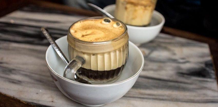 cách pha cà phê trứng 7 cách pha cà phê trứng Mê mẩn với cách pha cà phê trứng làm say lòng người cach pha ca phe trung ngon me man lam say long nguoi 7
