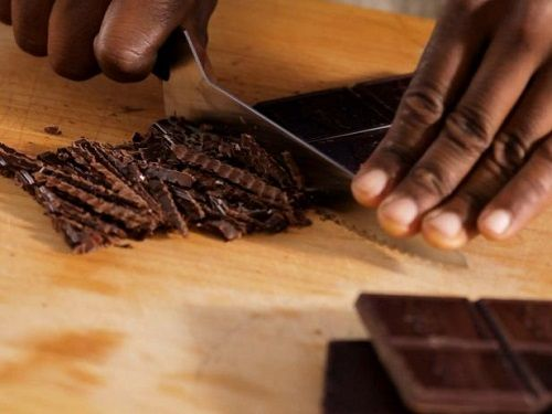 cách làm mousse chocolate ba tầng 3 cách làm mousse chocolate ba tầng Mê mẩn với cách làm mousse chocolate ba tầng cực độc đáo cach lam mousse chocolate ba tang cuc doc dao cuc ngon 4