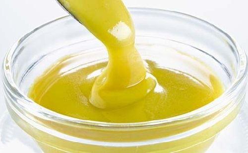 Cách làm sốt dầu trứng ngon hấp dẫn mà làm dễ không tưởng 4 cách làm sốt dầu trứng Cách làm sốt dầu trứng ngon hấp dẫn mà làm dễ không tưởng cach lam sot dau trung ngon hap dan ma de khong tuong 4