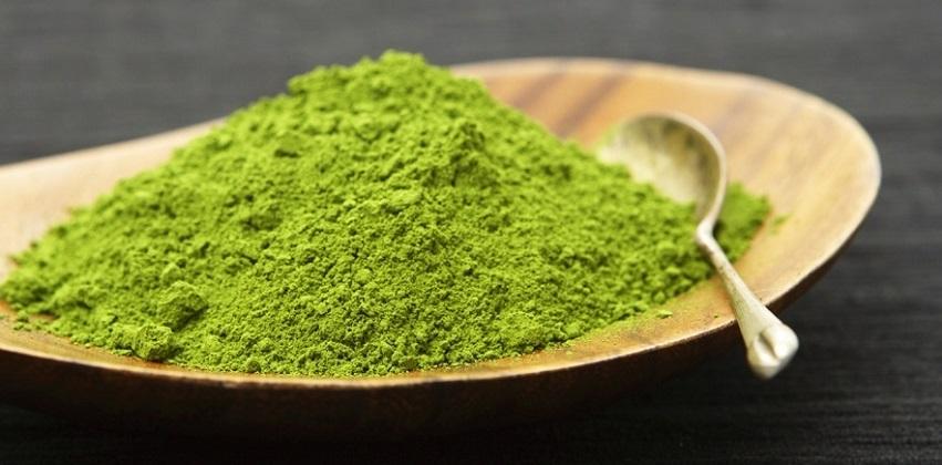 Hai cách làm bột trà xanh đơn giản mà hiệu quả ngay tại nhà