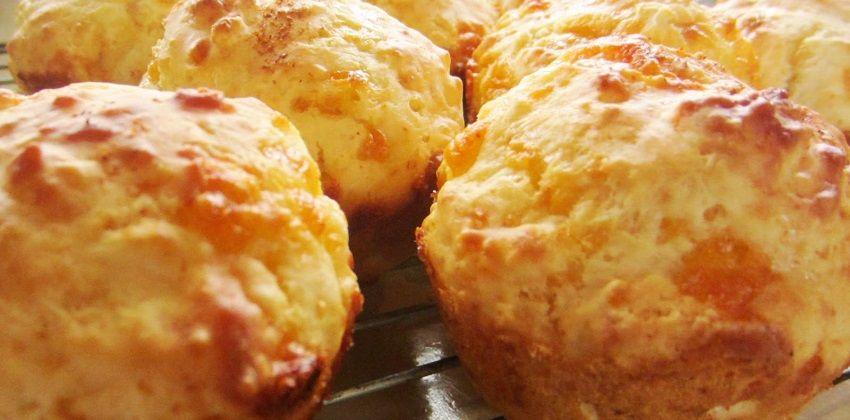 cách làm muffin phô mai 1 cách làm muffin phô mai Cách làm muffin phô mai siêu ngon cho ngày mới đầy năng lượng cach lam muffin pho mai sieu ngon cho ngay moi day nang luong 1