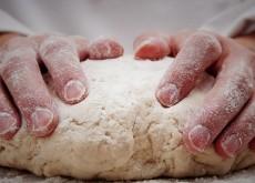 Những thất bại gặp phải khi làm bánh và cách khắc phục 11