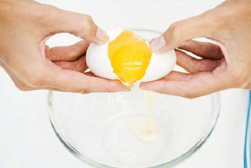 Các cách tách lòng trắng trứng đơn giản dễ dàng ngay tại nhà 1