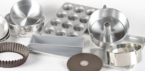 cách chống dính cho khuôn bánh 3 cách chống dính cho khuôn bánh Cách chống dính cho khuôn bánh đơn giản mà cực kỳ hiệu quả cach chong dinh cho khuon banh don gian hieu qua 3 e1467554999377