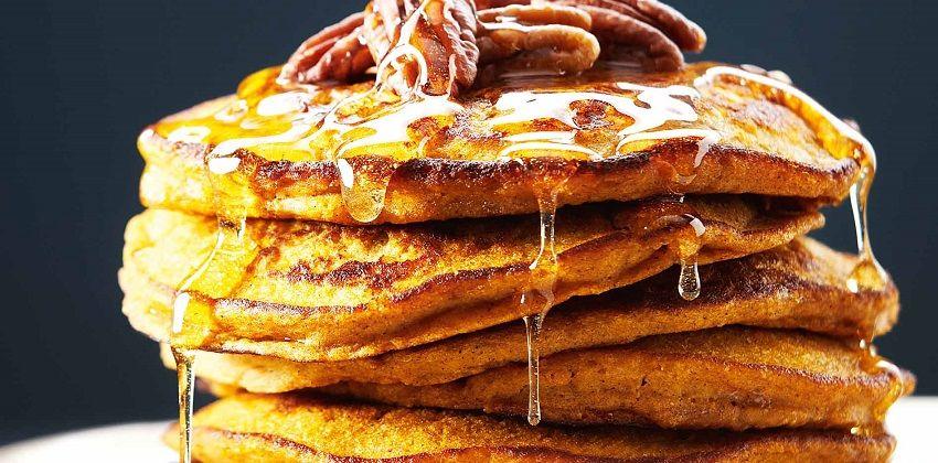 Cách làm bánh pancake bí đỏ cực độc cực lạ mà vẫn cực ngon