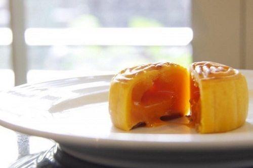 các loại bánh trung thu độc đáo nhất 2 các loại bánh trung thu độc đáo nhất Các loại bánh Trung thu độc đáo nhất của mùa Trung thu 2016 cac loai banh trung thu doc dao nhat cua mua trung thu 2016 2