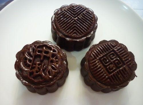 cách làm bánh trung thu dẻo lạnh socola bạc hà nhân truffle 3 cách làm bánh trung thu dẻo lạnh socola bạc hà nhân truffle Bánh Trung thu dẻo lạnh socola bạc hà nhân truffle cach lam banh trung thu deo lanh socola bac ha nhan truffle 3