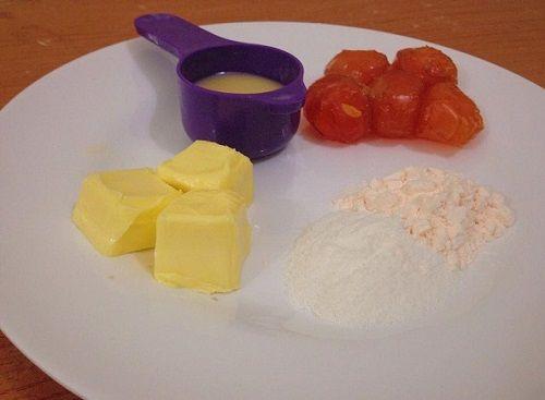 cách làm bánh trung thu Hong Kong nhân kim sa trứng muối 1