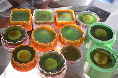 Cách làm bánh trung thu rau câu nhân đậu xanh thơm ngon mát lành 7 cách làm bánh trung thu rau câu Cách làm bánh Trung thu rau câu nhân đậu xanh thơm ngon mát lành cach lam banh trung thu rau cau nhan dau xanh thom ngon mat lanh 7
