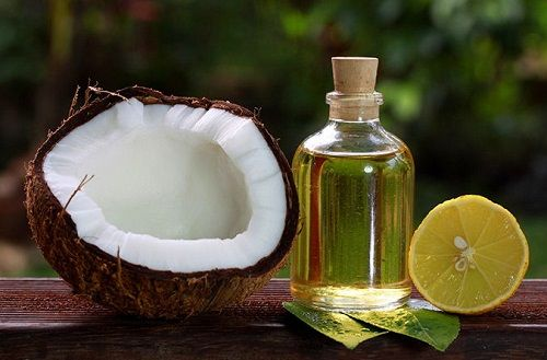 Cách làm dầu dừa nguyên chất 6 cách làm dầu dừa nguyên chất Cách làm dầu dừa nguyên chất đơn giản ngay tại nhà cach lam dau dua nguyen chat don gian ngay tai nha 7