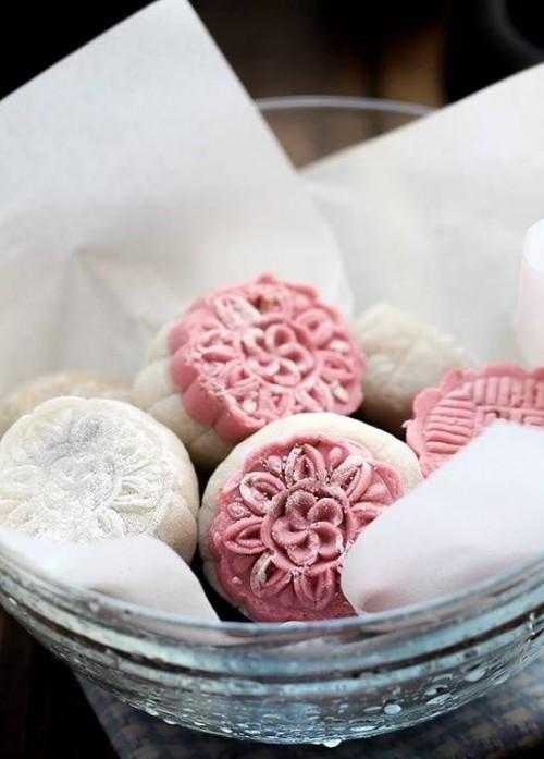 cách sên nhân đậu đỏ Cách sên nhân đậu đỏ cho bánh Trung thu cực đơn giản cach sen nhan dau do cho banh trung thu cuc don gian 5 e1470134526880