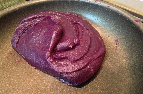 cách sên nhân khoai môn khoai lang tím 1 cách làm bánh trung thu Cách làm bánh Trung thu khoai lang đơn giản không cần lò nướng cach sen nhan khoai mon khoai lang tim 1