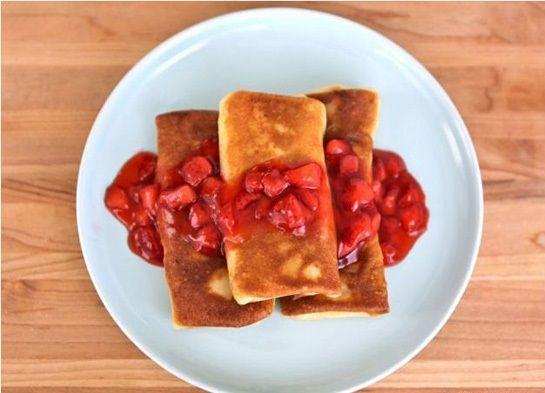 cách làm bánh crepe phomai 2 cách làm bánh crepe phomai Cách làm bánh crepe phomai đơn giản mà cực hấp dẫn cach lam banh crepe phomai don gian ma cuc hap dan 6
