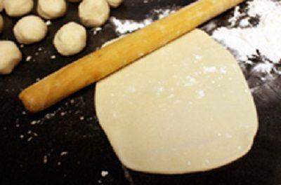 cách làm bánh nướng vừng nhân củ cải đỏ 3 cách làm bánh nướng vừng nhân củ cải đỏ Cách làm bánh nướng vừng nhân củ cải đỏ mới lạ cach lam banh nuong vung nhan cu cai do moi la tai nha 3