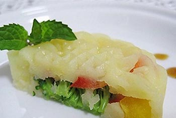 cach-lam-banh-salad-trung-thu-vo-cung-doc-dao-tot-cho-suc-khoe-2 cách làm bánh dẻo mè đen Cách làm bánh dẻo mè đen thơm ngon hấp dẫn ngay tại nhà cach lam banh salad trung thu vo cung doc dao tot cho suc khoe 21