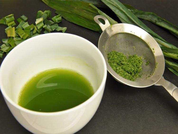 cách làm bánh trung thu rau câu 4 cách làm bánh trung thu rau câu Cách làm bánh Trung thu rau câu lá dứa nhân flan tại nhà cach lam banh trung thu rau cau 4
