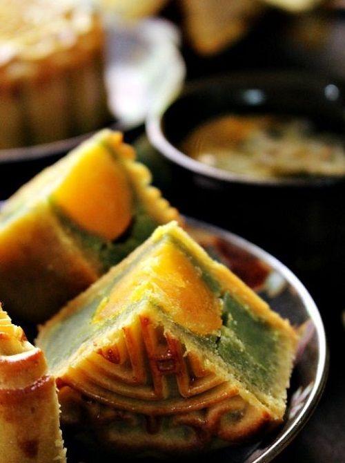 cách làm bánh trung thu trà xanh nhân trứng muối 6 cách làm bánh trung thu trà xanh nhân trứng muối Cách làm bánh Trung thu nhân trà xanh trứng muối tại nhà cach lam banh trung thu tra xanh nhan trung muoi tai nha 8
