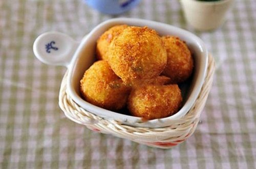 cách làm bánh khoai lang tẩm dừa 3