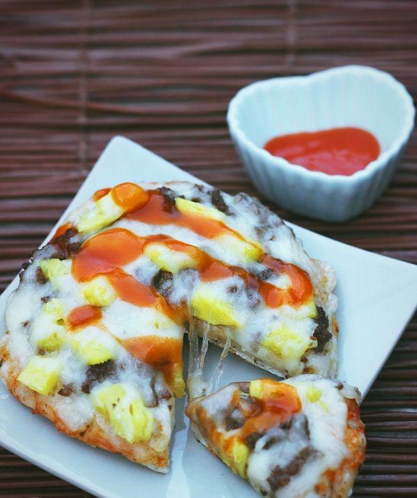 cách làm pizza bằng nồi cơm điện 6 cách làm pizza bằng nồi cơm điện Mới lạ với bánh pizza bằng nồi cơm điện ngon hơn ngoài hàng cach lam banh pizza bang noi com dien ngon kho cuong 7
