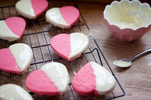 cách làm bánh quy trái tim hồng 1
