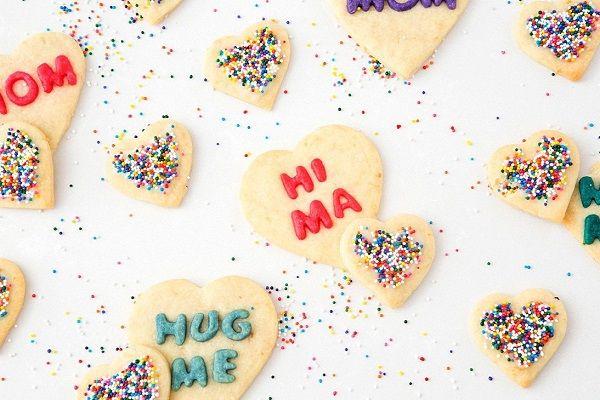 cách làm bánh quy trái tim 10 cách làm bánh quy trái tim Cách làm bánh quy trái tim ngọt ngào tặng mẹ ngày 20/10 cach lam banh quy trai tim ngot ngao tang me ngay 2010 10