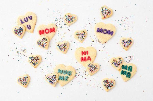 cách làm bánh quy trái tim 9 cách làm bánh quy trái tim Cách làm bánh quy trái tim ngọt ngào tặng mẹ ngày 20/10 cach lam banh quy trai tim ngot ngao tang me ngay 2010 9